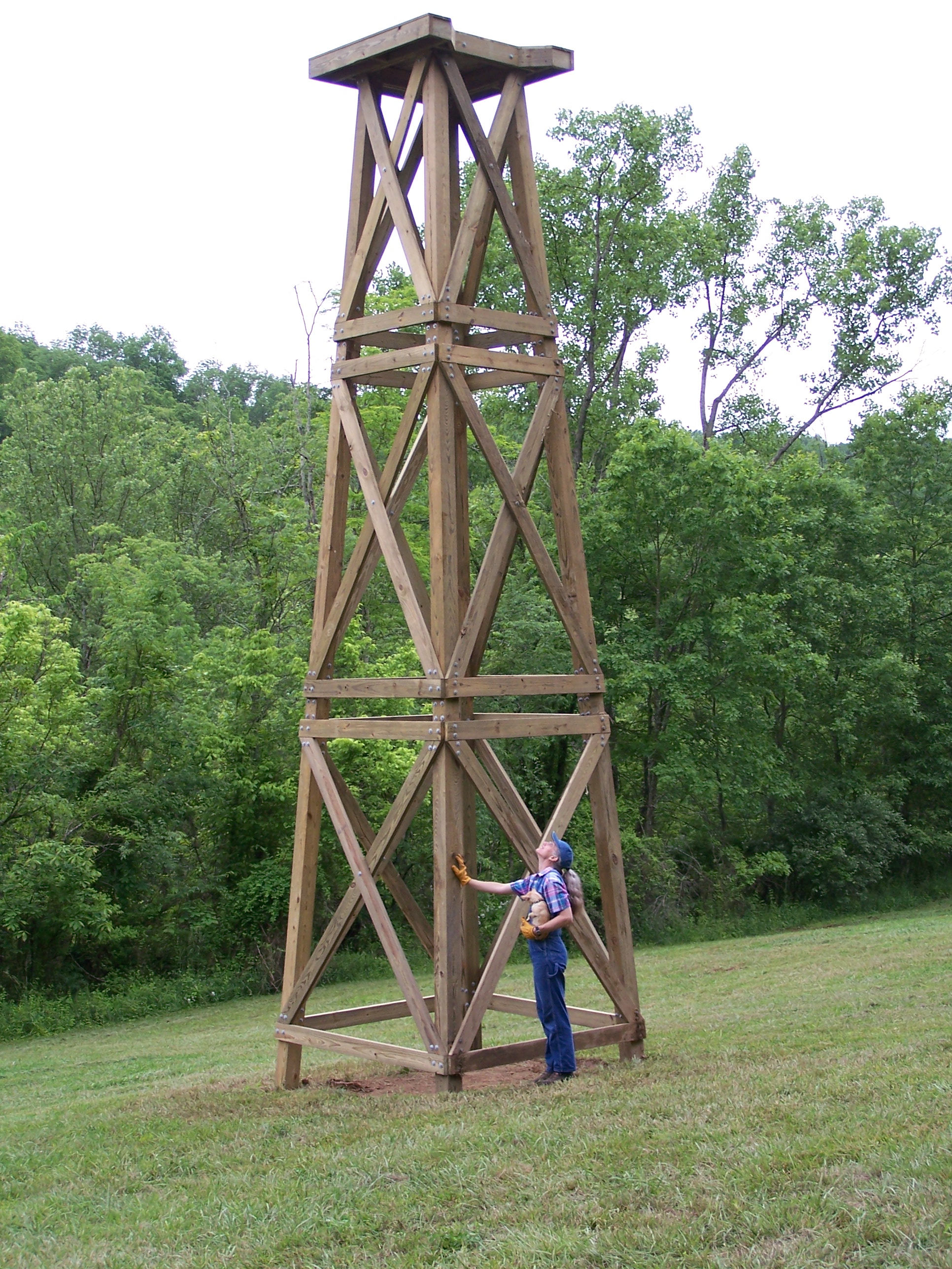 About us for How to build a tower stand